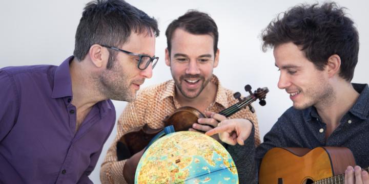 11h Le Ba Ya Trio